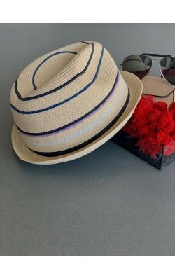 Бежевая шляпа Block