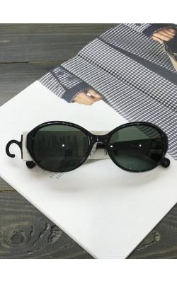 Солнцезащитные очки  Uniqlo