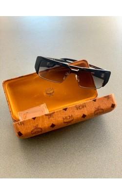 Солнцезащитные очки МСМ черные