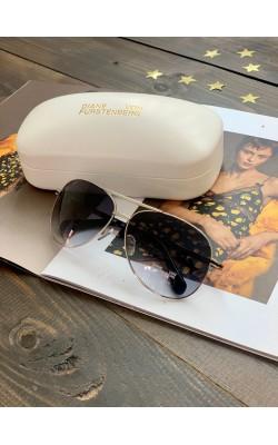 Солнцезащитные очки Diane von Furstenberg в серебре