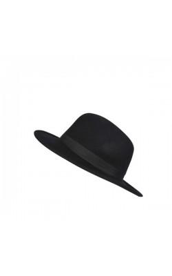 Черная шляпа BooHoo