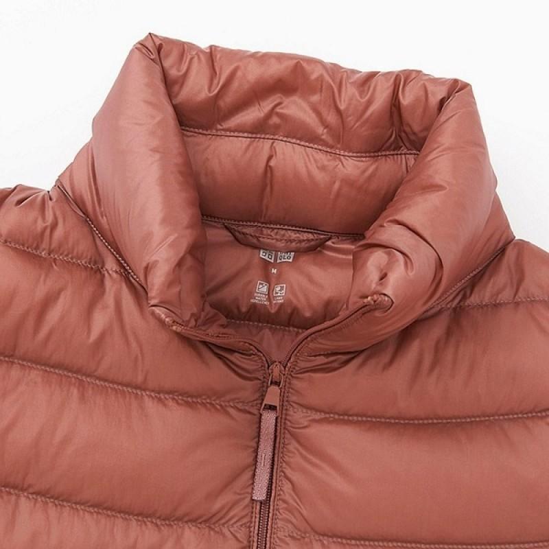 Бордовая легкая  куртка на пуху Uniqlo