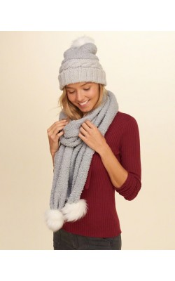 Серый шарф Hollister