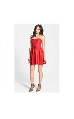 Красное мини платье Devlin