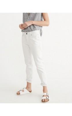 "Белые джинсы ""boyfriend"" Abercrombie & Fitch"