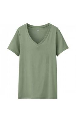 Зеленая футболка c V-вырезом от Uniqlo