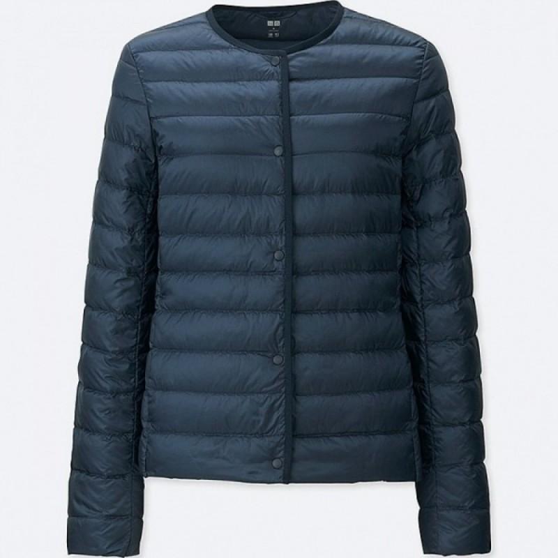 Темно-синяя легкая куртка на пуху Uniqlo
