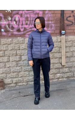 Синяя легкая куртка на пуху от Uniqlo