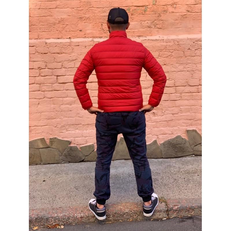 Красная легкая куртка на пуху Uniqlo