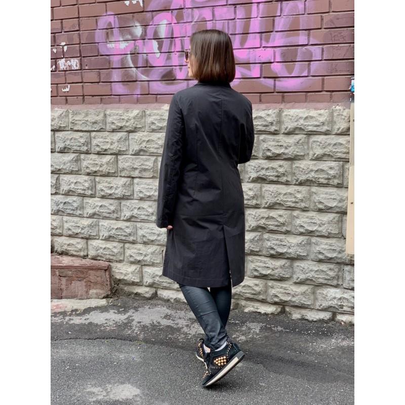 Черный  плащ  Uniqlo + Hana Tajima