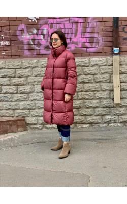 Бордовое длинное пуховое пальто Uniqlo