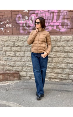 Коричневая легкая водоотталкивающая куртка на пуху Uniqlo
