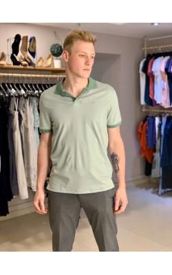 Оливковая футболка-поло в полоску Calvin Klein
