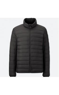 Черная легкая куртка на пуху Uniqlo