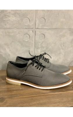 Серые туфли Calvin Klein