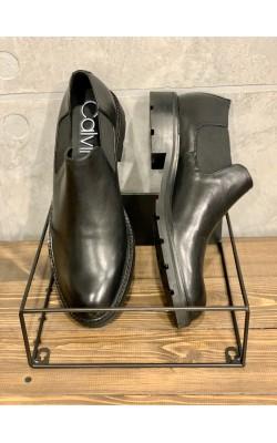 Черные туфли Calvin Klein