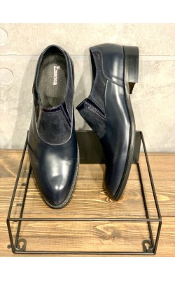 Темно-синие кожаные туфли Emerson