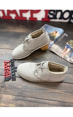 Ботинки UGG серые Maksim Chukka boot