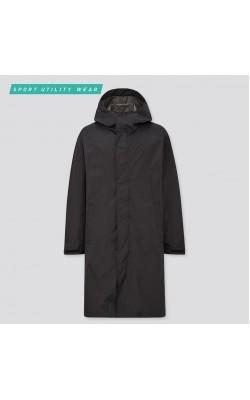 Легкий черный дождевик Uniqlo с капюшоном
