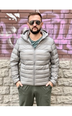 Cерая легкая куртка на пуху Uniqlo