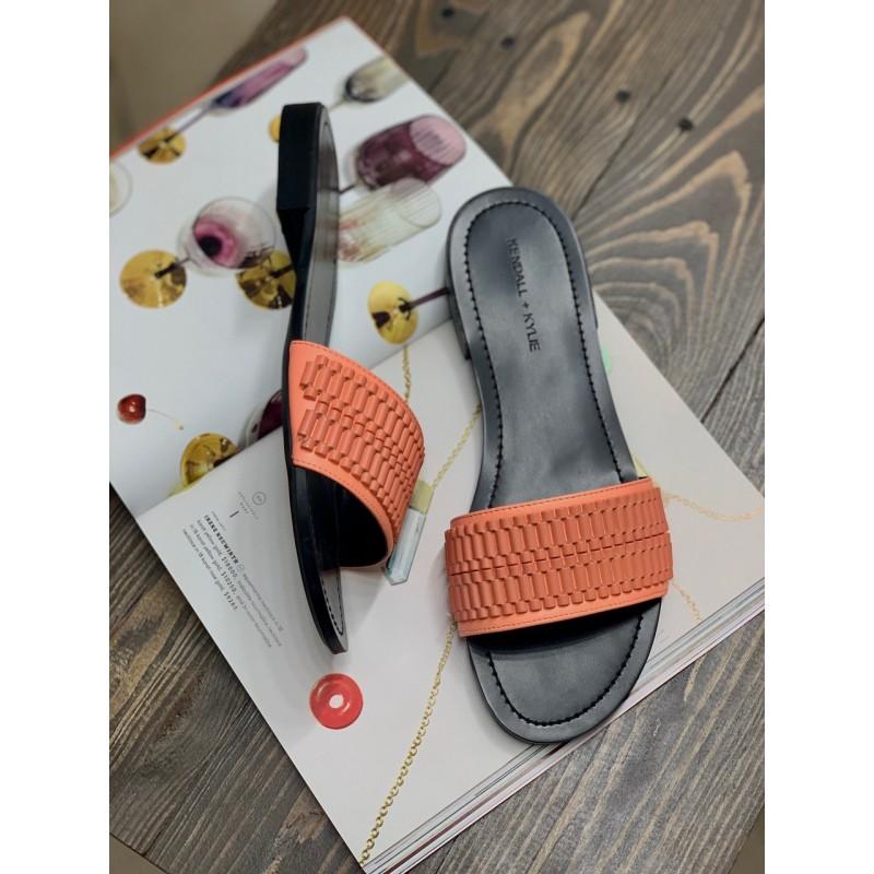 Оранжевые шлепанцы Kendall +Kylie