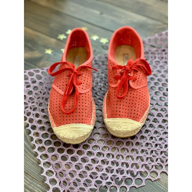 Красные замшевые эспадрильи DKNY