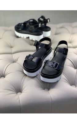 Черные кожаные босоножки на платформе Kendall+Kylie