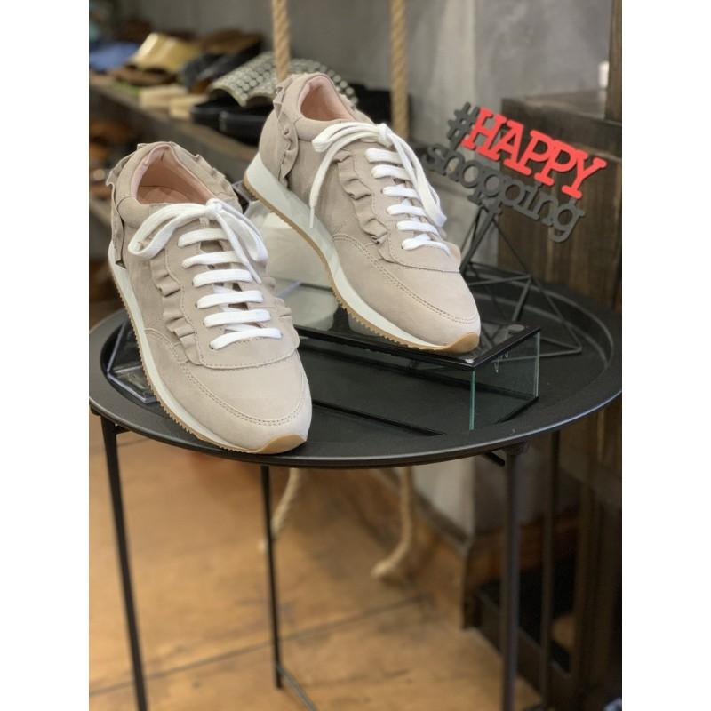 Бежевые замшевые кроссовки Kate Spade
