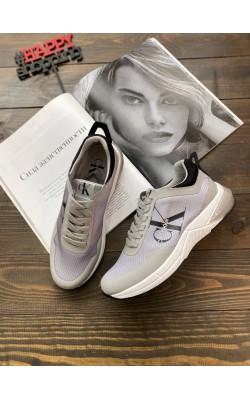 Кроссовки Calvin Klein Jeans серые легкие
