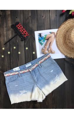 Светлые рваные шорты Jessica Simpson