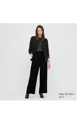 Черные широкие брюки со стрелкой Uniqlo