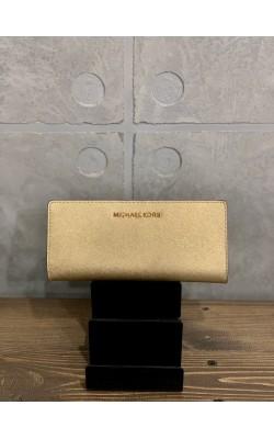 Золотистый кожаный кошелек Michael Kors