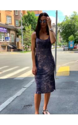 Синее длинное платье в разводы Treasure&Bond