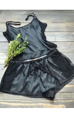 Сатиновая кружевная пижама In Bloom в черном цвет