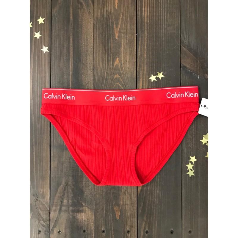 Красный комплект нижнего белья  Calvin Klein