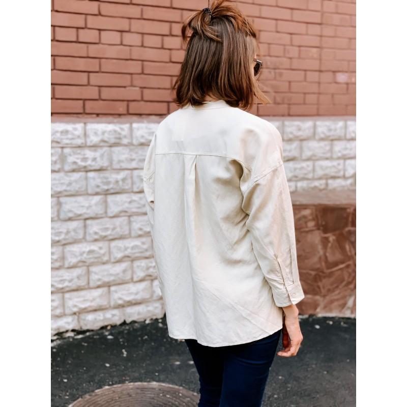 Бежевая льняная рубашка от Uniqlo
