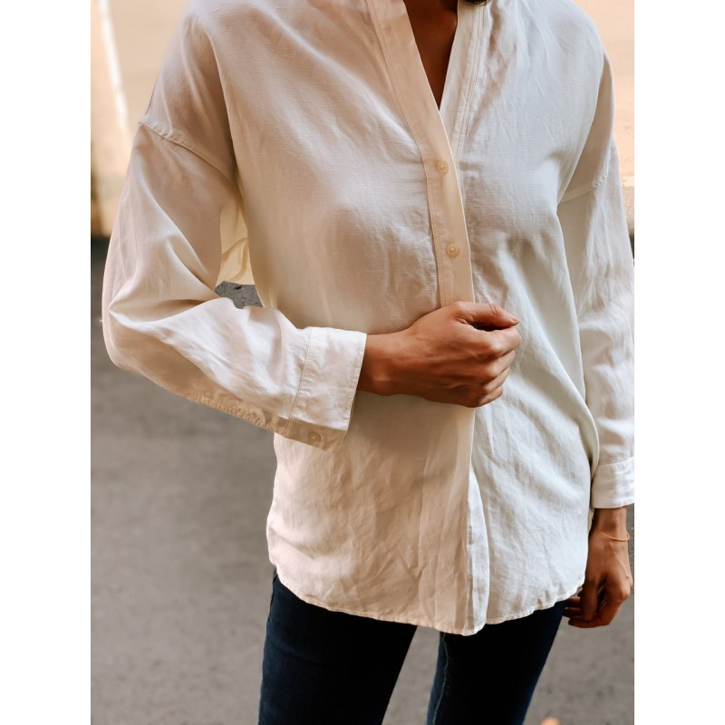 Рубашка Uniqlo белая льняная