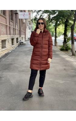 Пальто с капюшоном Uniqlo бордовое ультралегкое
