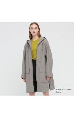 Пальто с капюшоном от Uniqlo серое