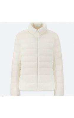 Белая легкая куртка на пуху Uniqlo